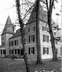 Rear view of the Chateau